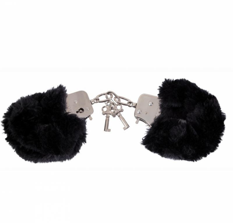 Наручники с мехом Love Cuffs Black
